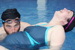 Aquanatal en pareja Illes embarazo (2)