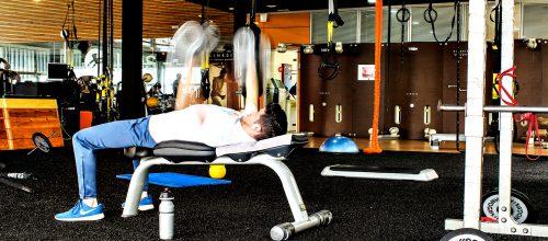 MAQUINAS Vs PESO LIBRE ¿Qué es mejor en musculación?